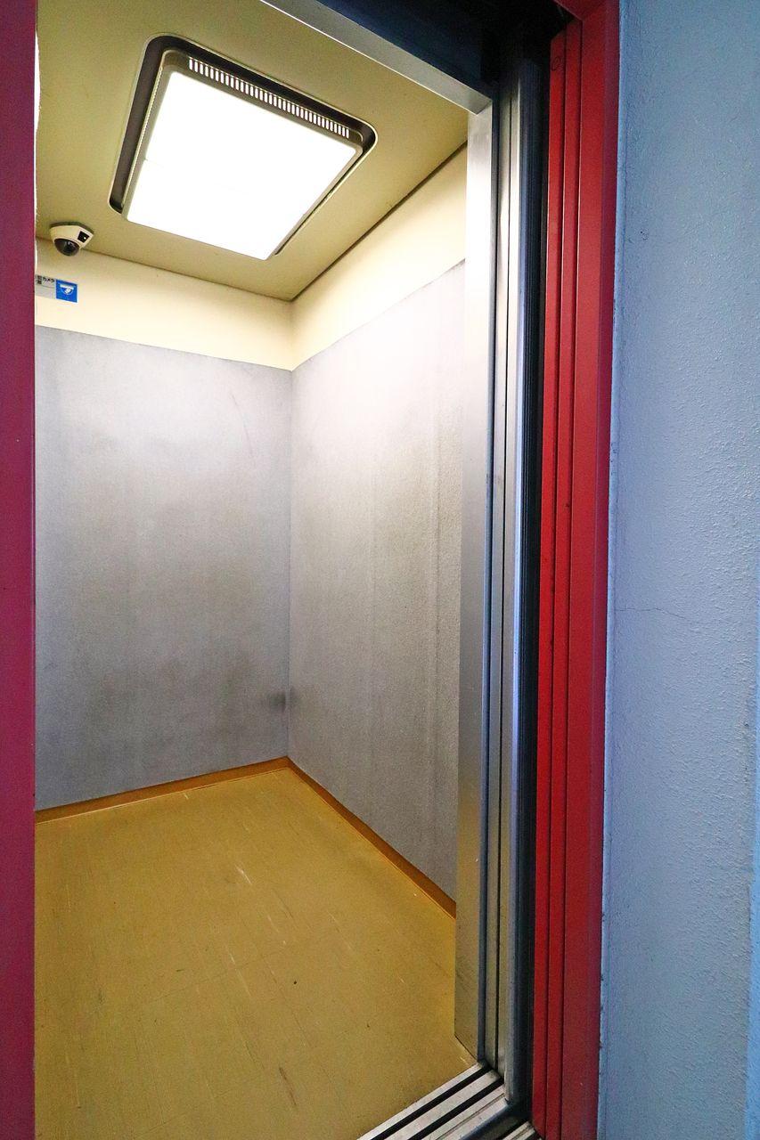 エルパレスのエレベーター 乗り心地良き