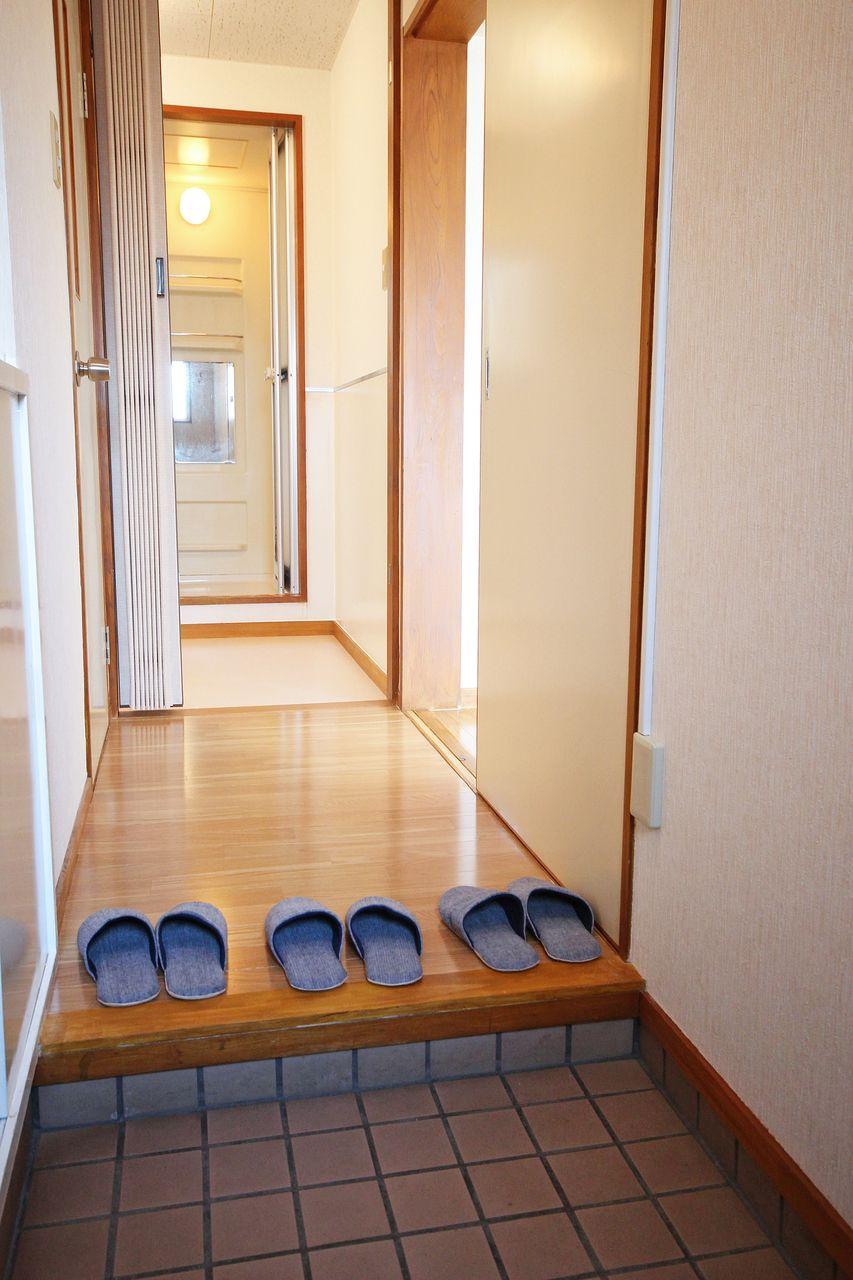 玄関から丸見えな洗面脱衣所