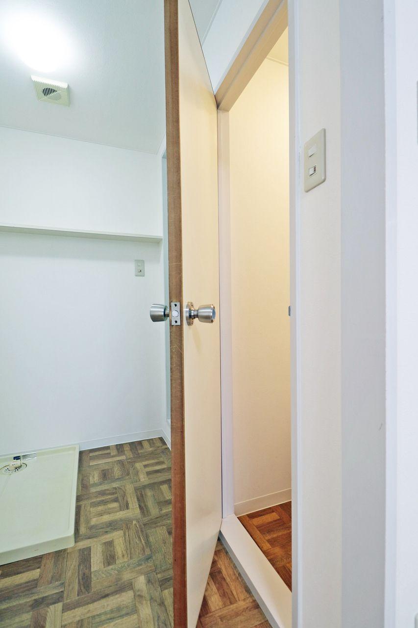 トイレ コーポ四万十2号館 402号室