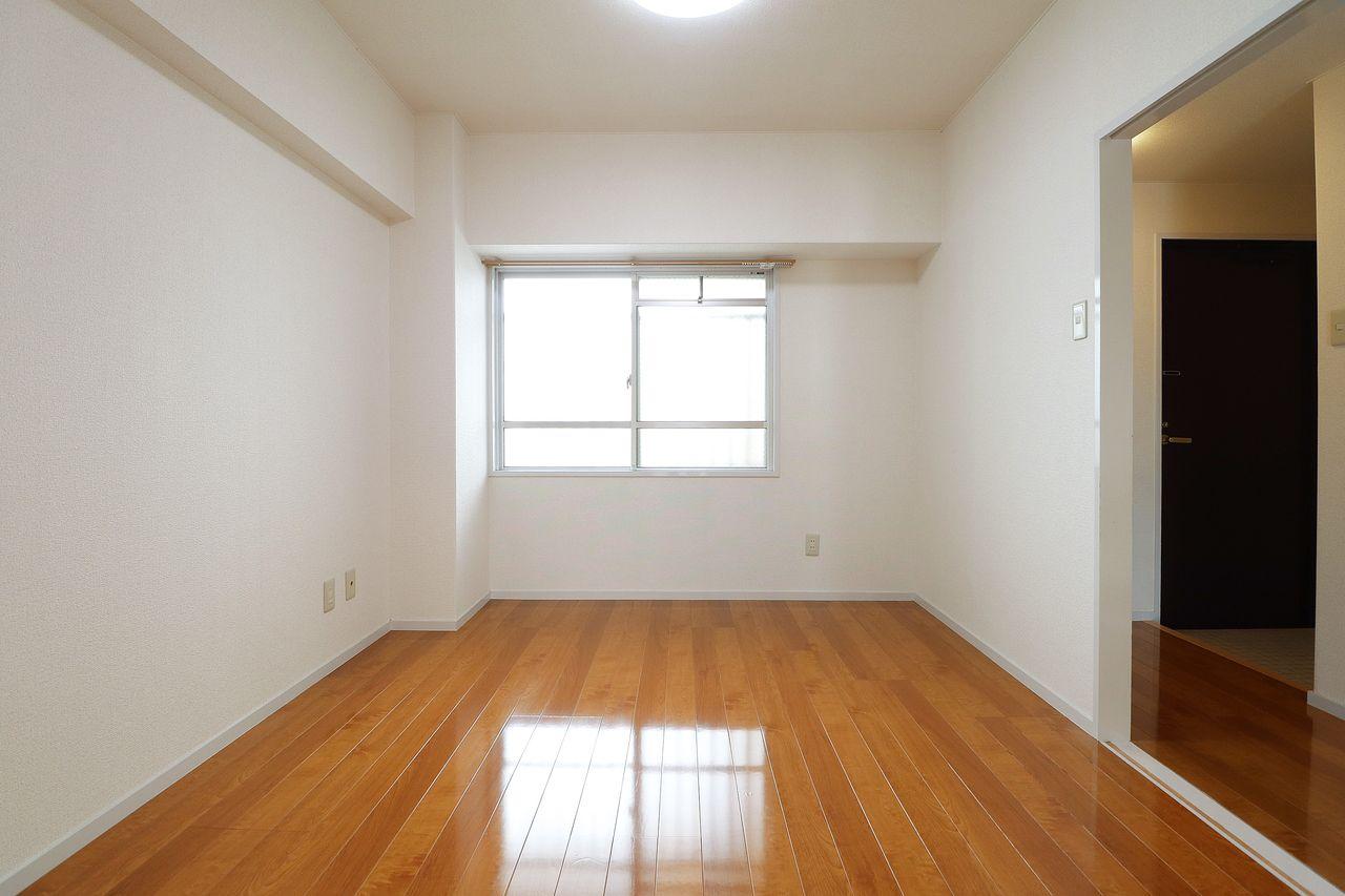 洋室 5.5畳 コーポ四万十2号館 402号室