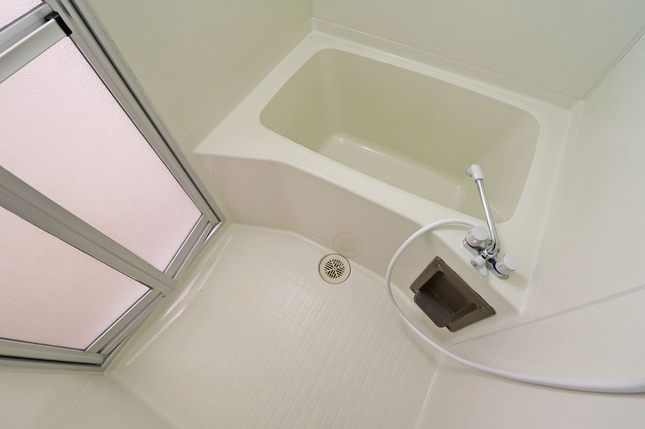 浴室 コーポ四万十2号館 402号室