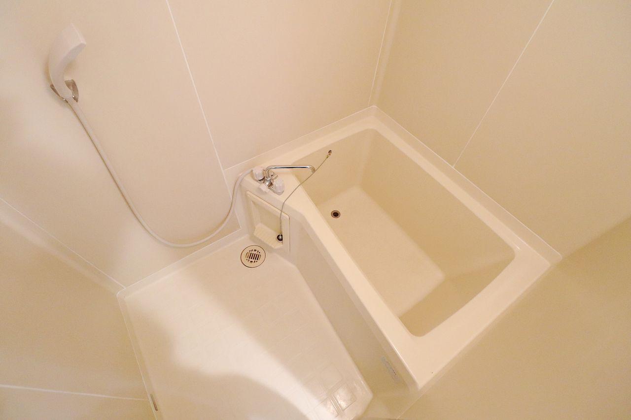 レジデンス今城 1号館 浴室