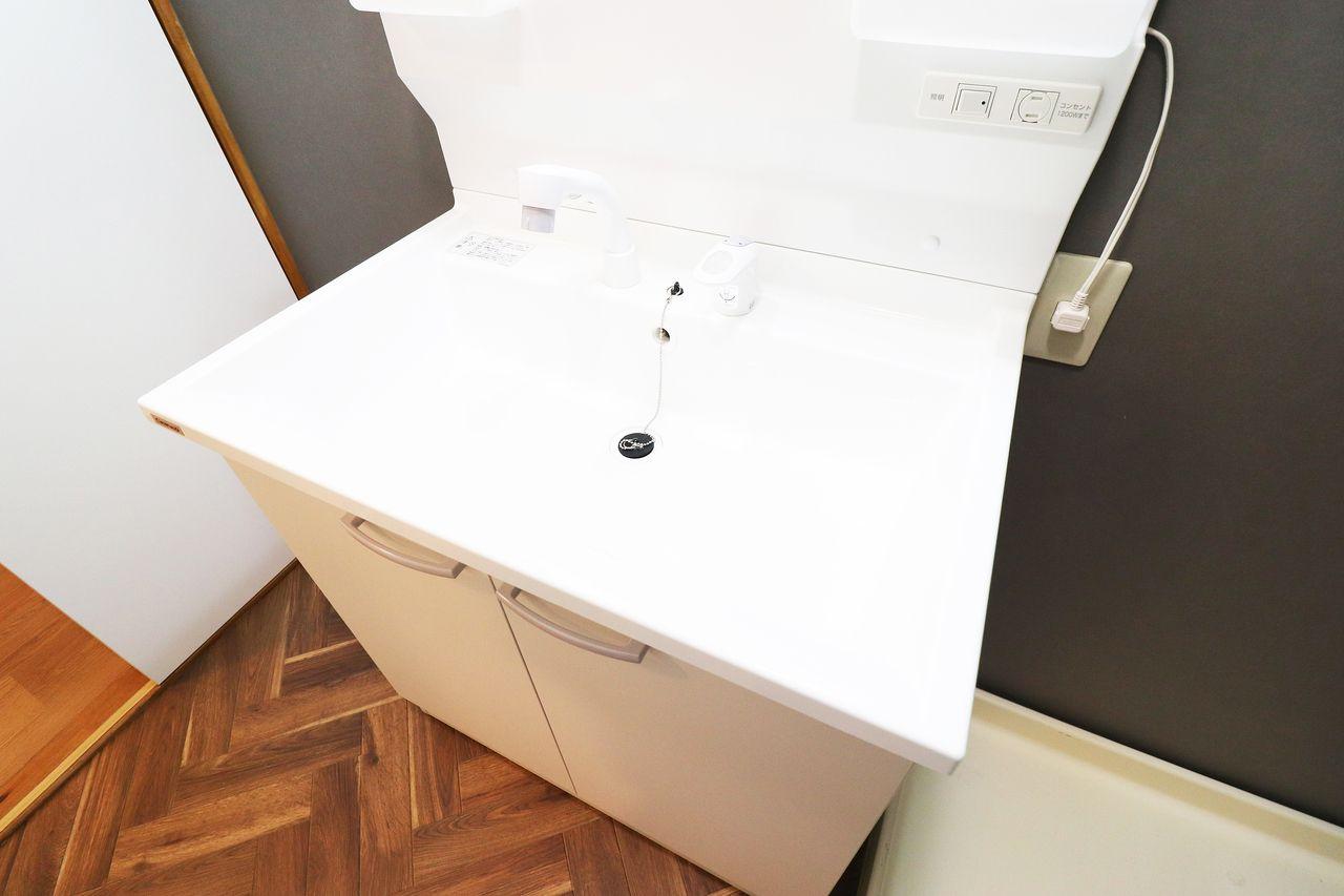 シャワー洗面台 コーポ四万十1号館502号室