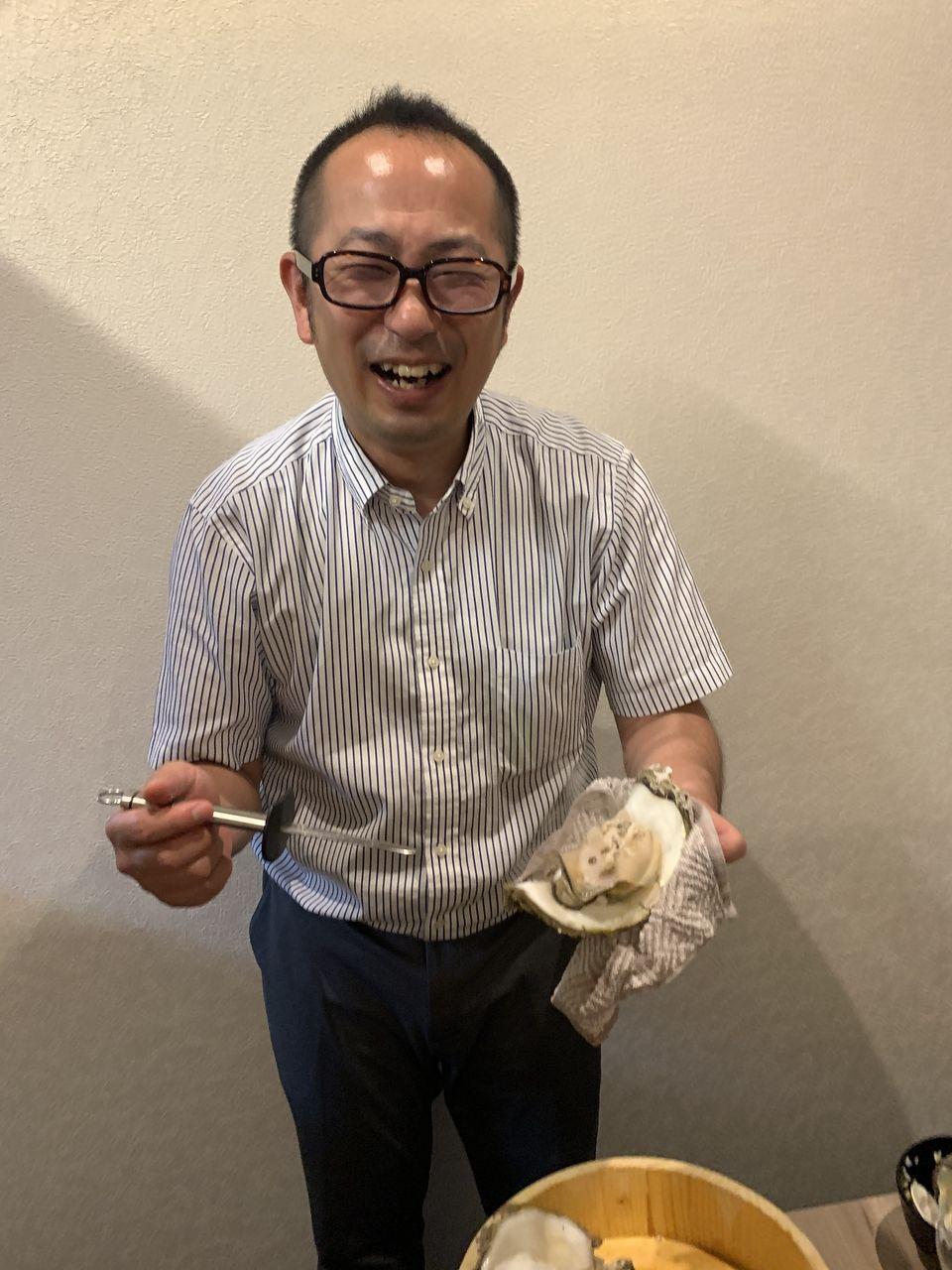 焼肉たかみの活き貝・岩ガキ