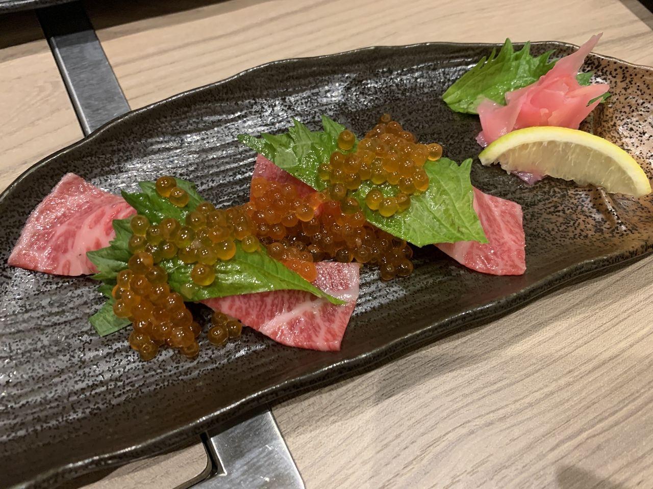 焼肉たかみの肉寿司