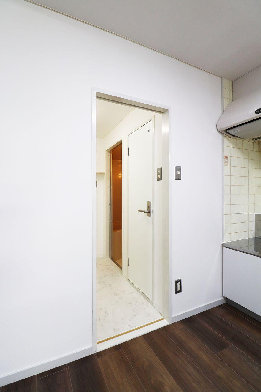 コーポ四万十2号館102号室の水回りの画像です