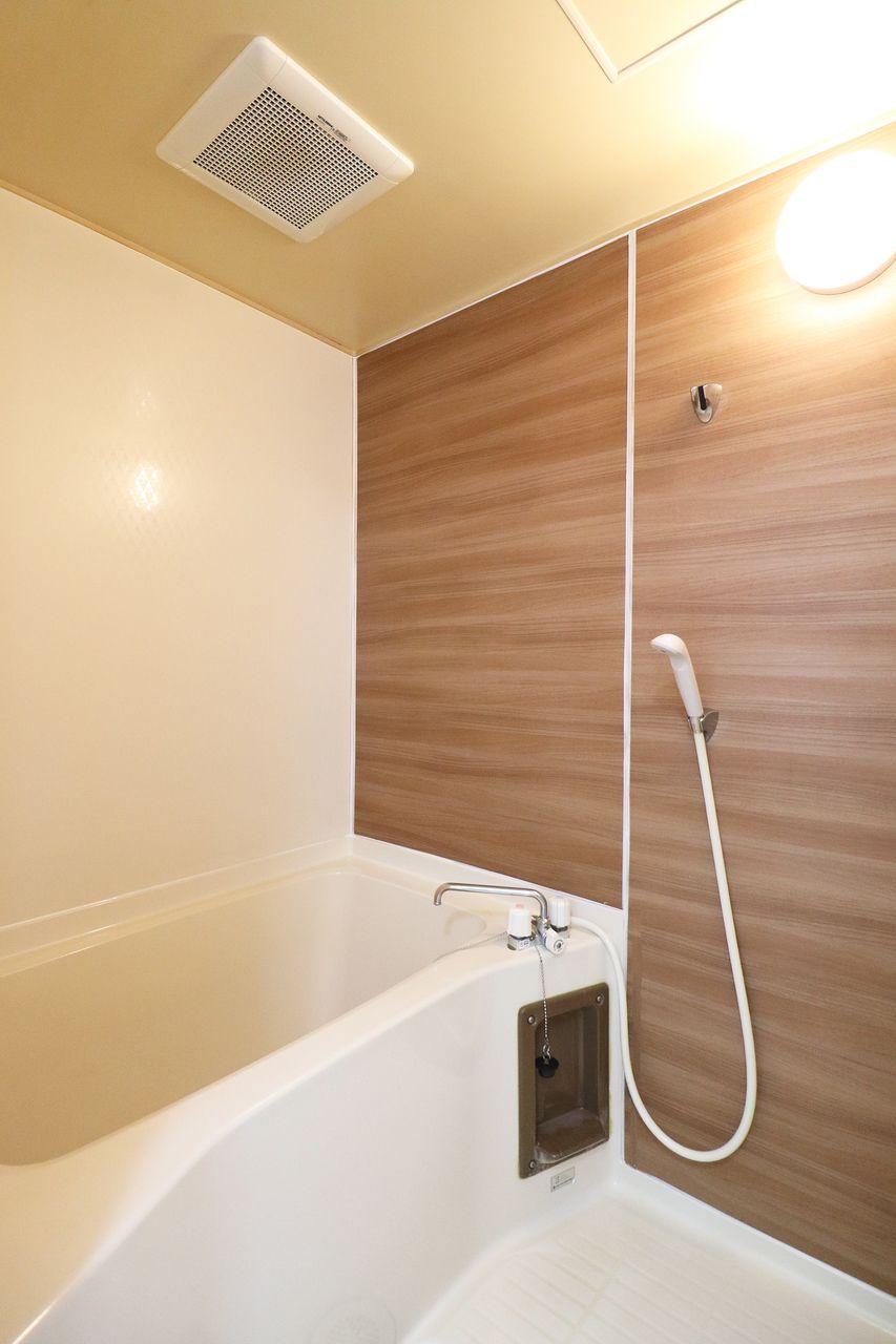 コーポ四万十2号館102号室の浴室の画像です