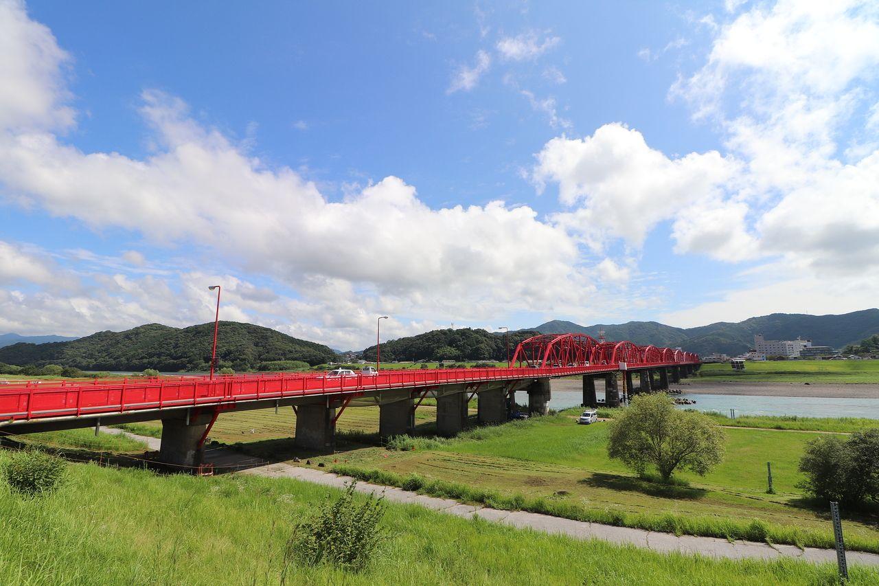 赤鉄橋の写真