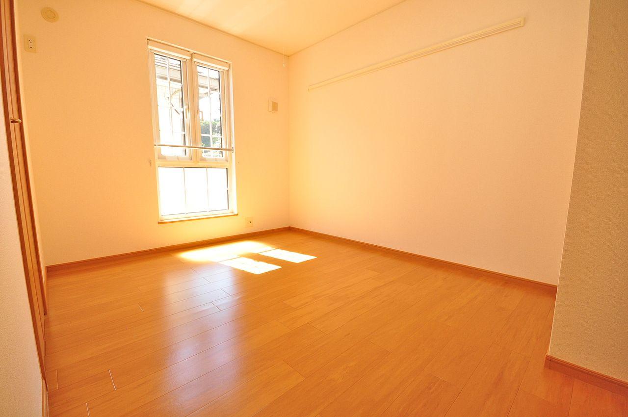 西側洋室5.9畳