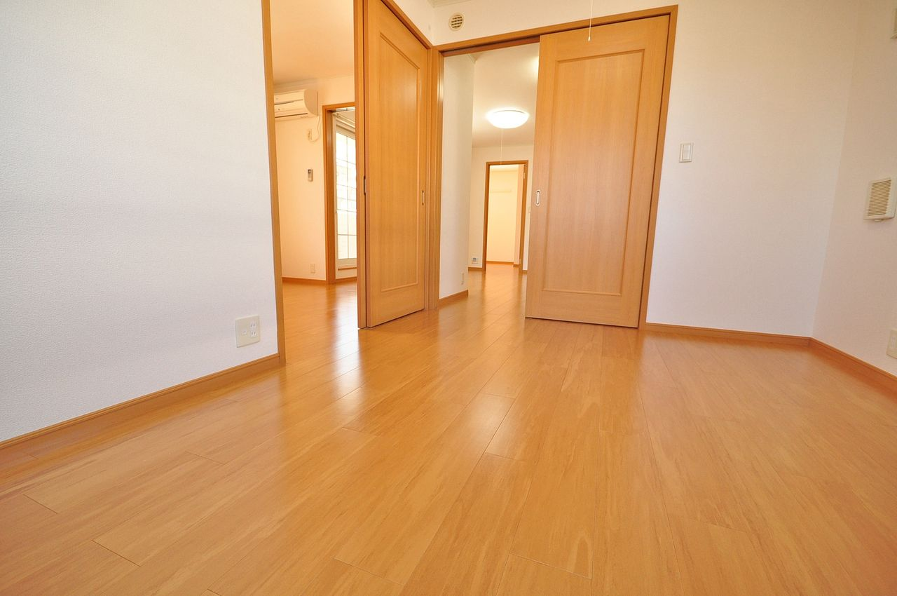 北東側洋室5.5畳