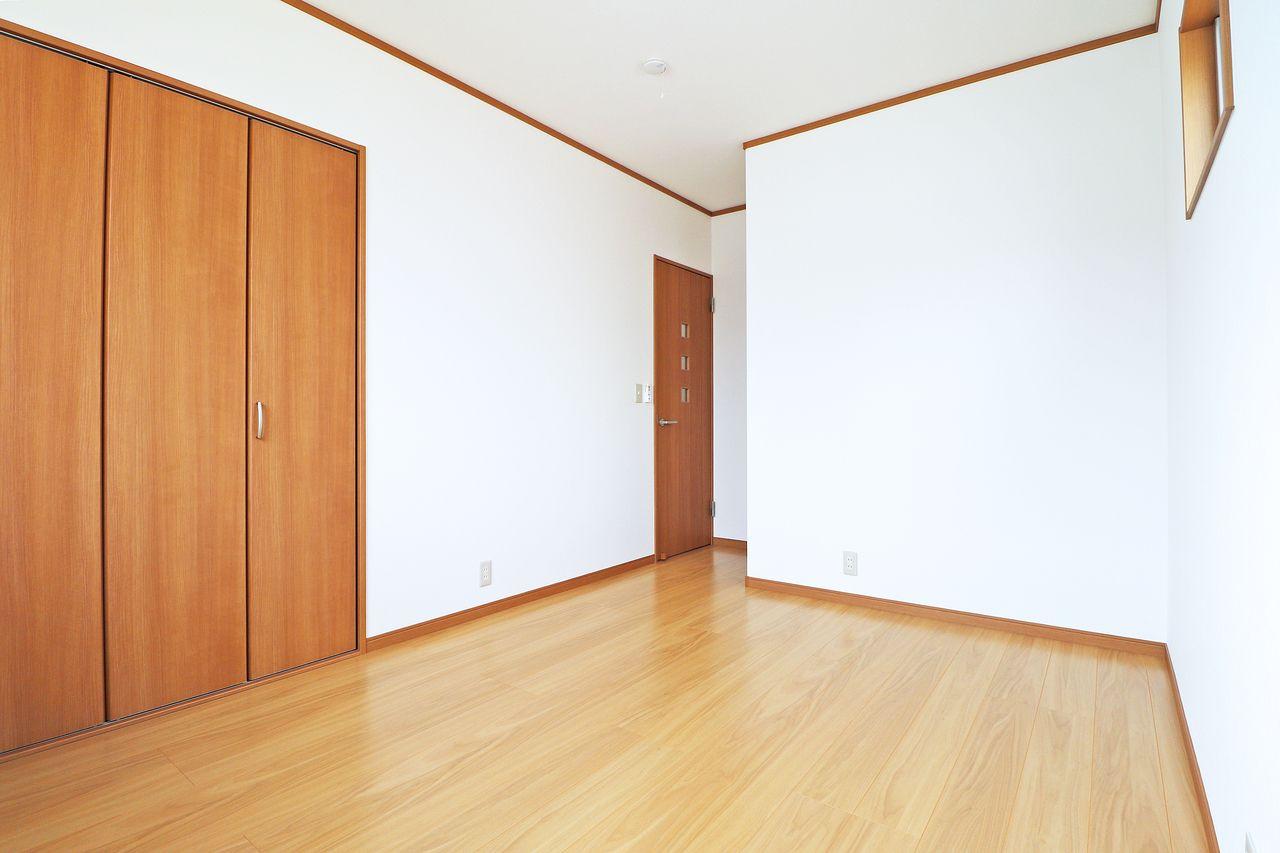 四万十市具同の戸建てプランドール・アンA棟の東側洋室の画像です