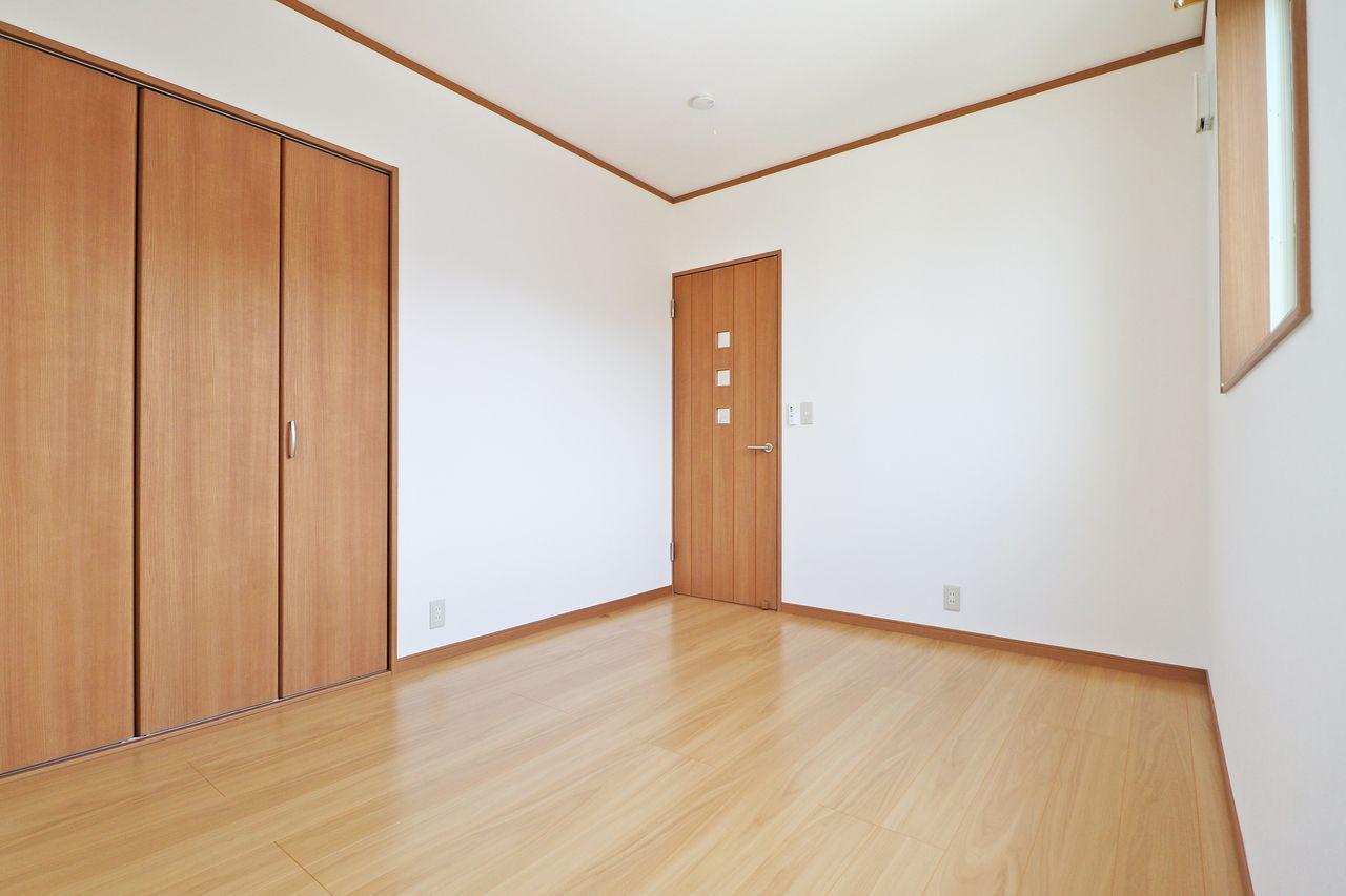 四万十市具同の戸建てプランドール・アンA棟の西側洋室の画像です
