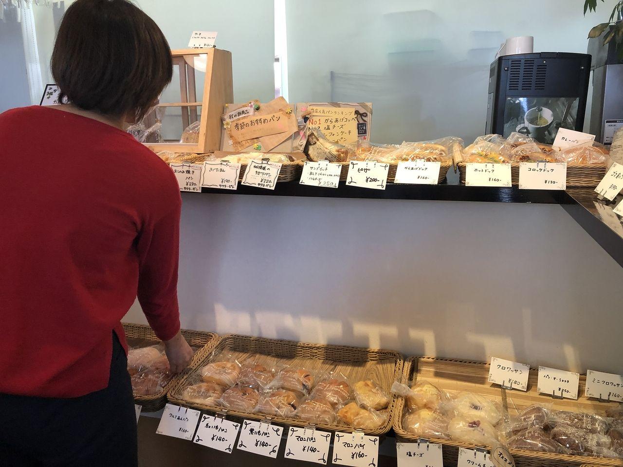 四万十市中村桜町のサクラビレのたくさんのパン♪