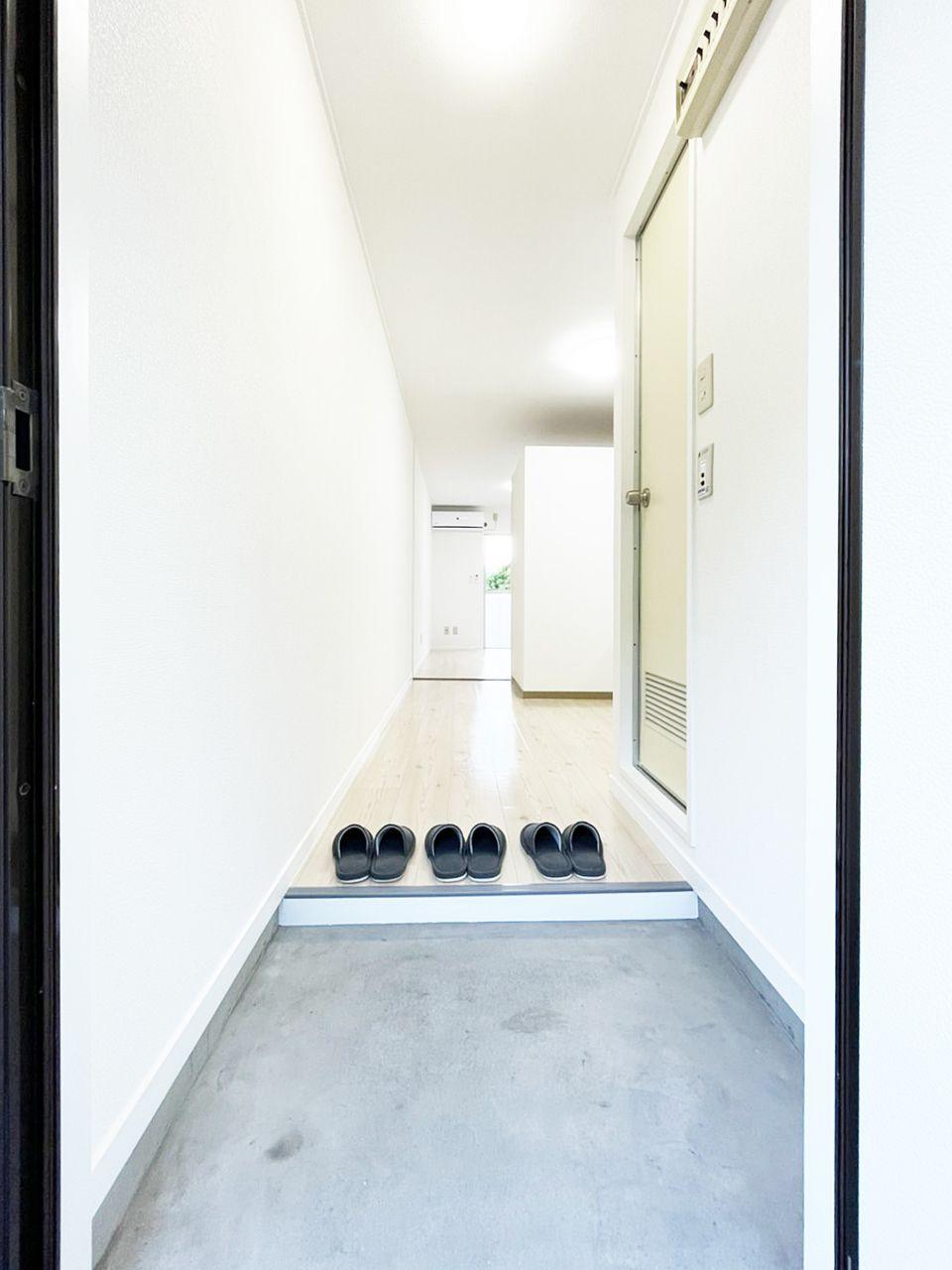 タイガーハイツ37号室の玄関の画像です