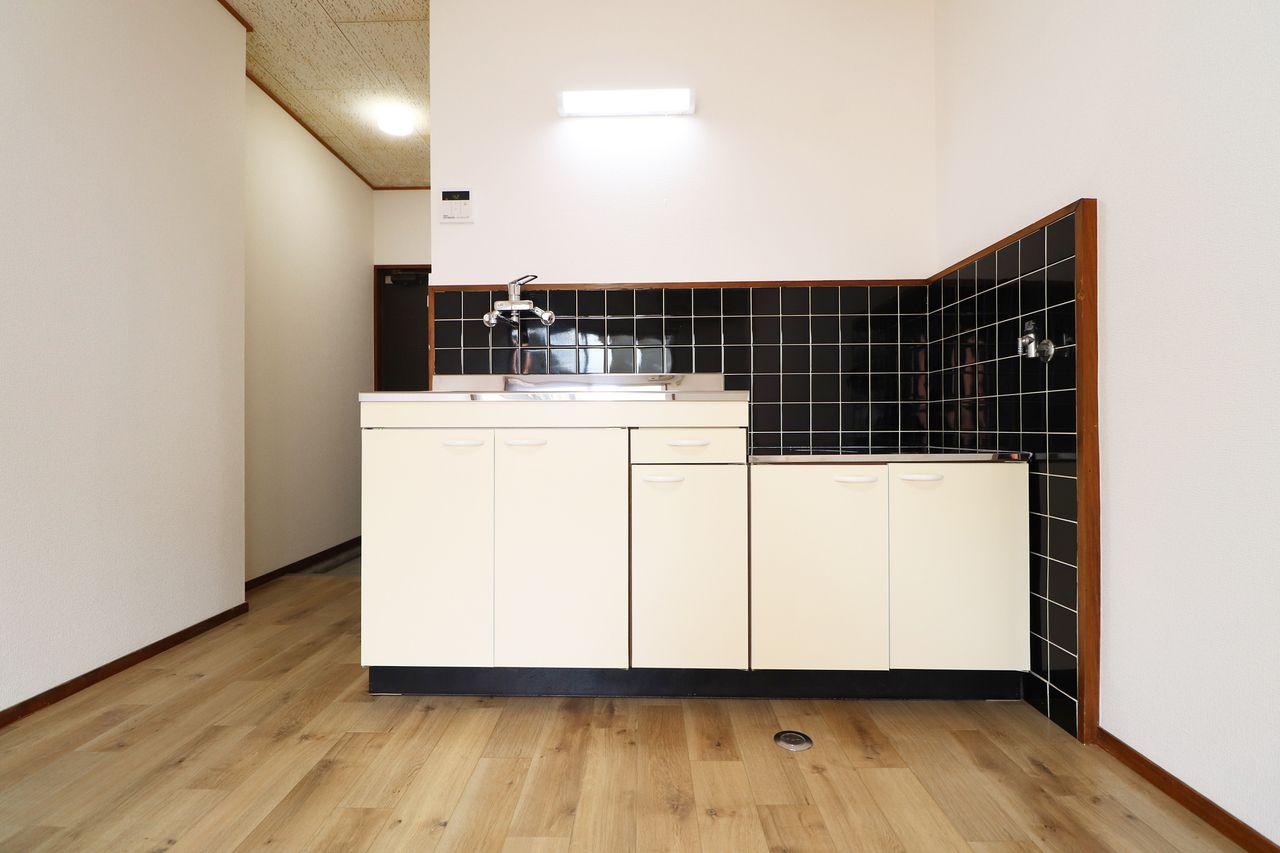 タイガーハイツ13号室のキッチンの画像です