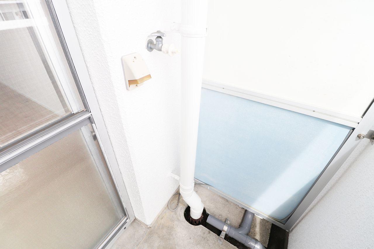 レジデンス今城2号館508号室の洗濯機置場の画像です