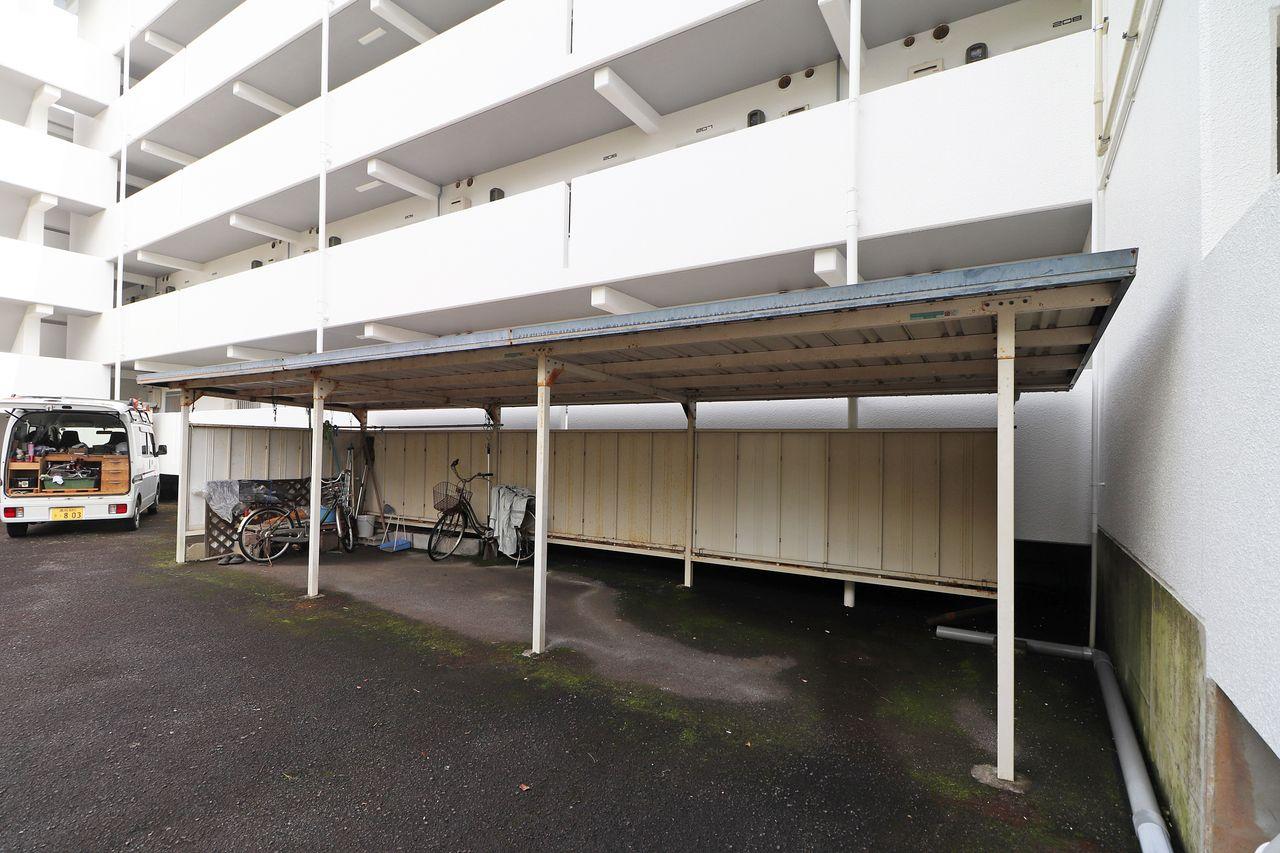 レジデンス今城2号館の駐輪場の画像です