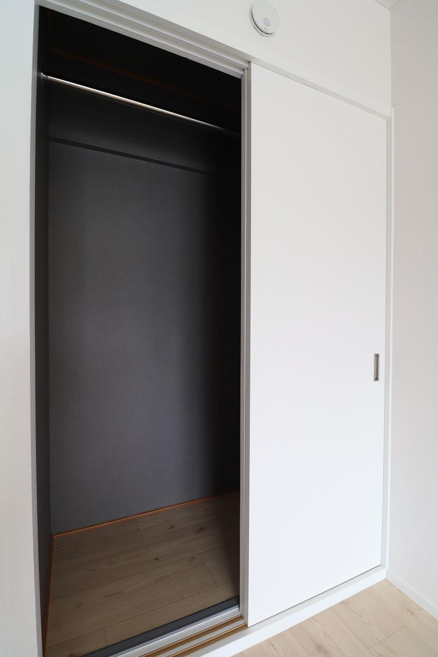 レジデンス今城2号館508号室のクローゼットの画像です