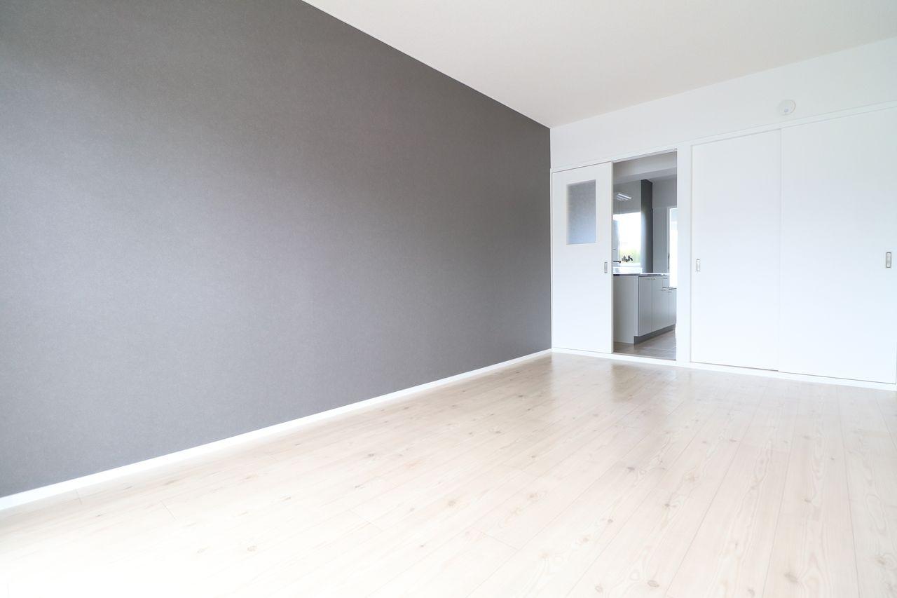 レジデンス今城2号館508号室の洋室の画像です
