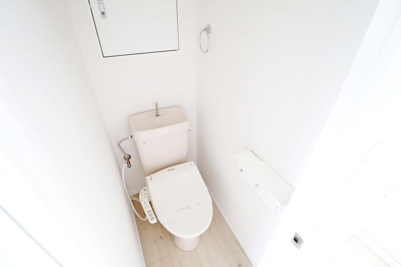 レジデンス今城2号館508号室のトイレの画像です
