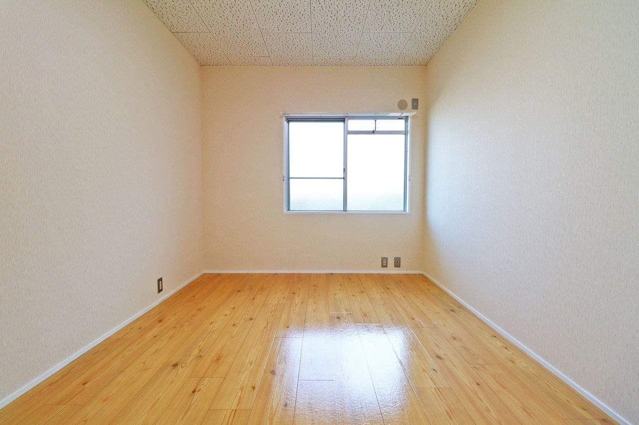 北側洋室6畳