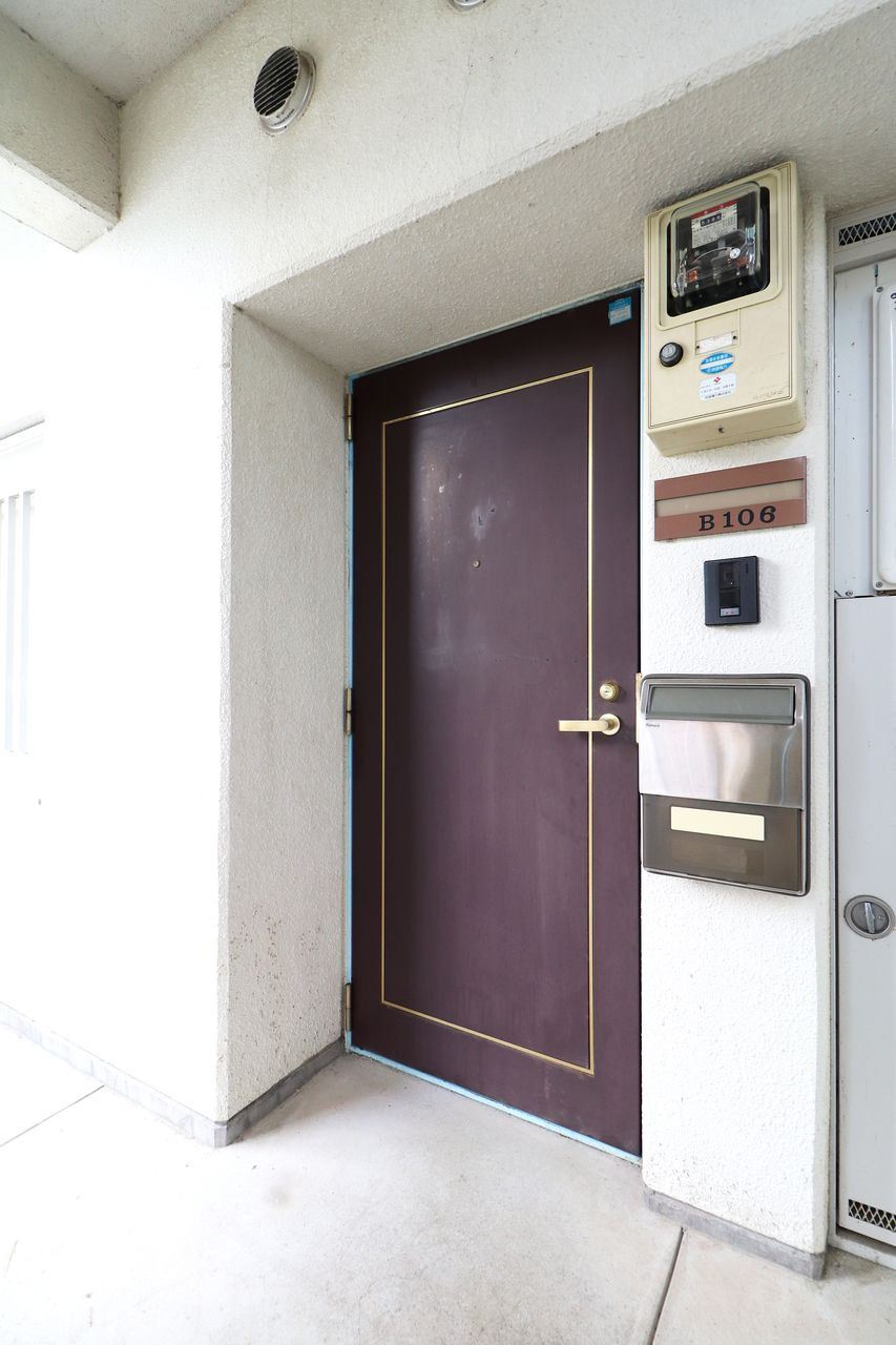 コーポ四万十106号室の玄関ドア