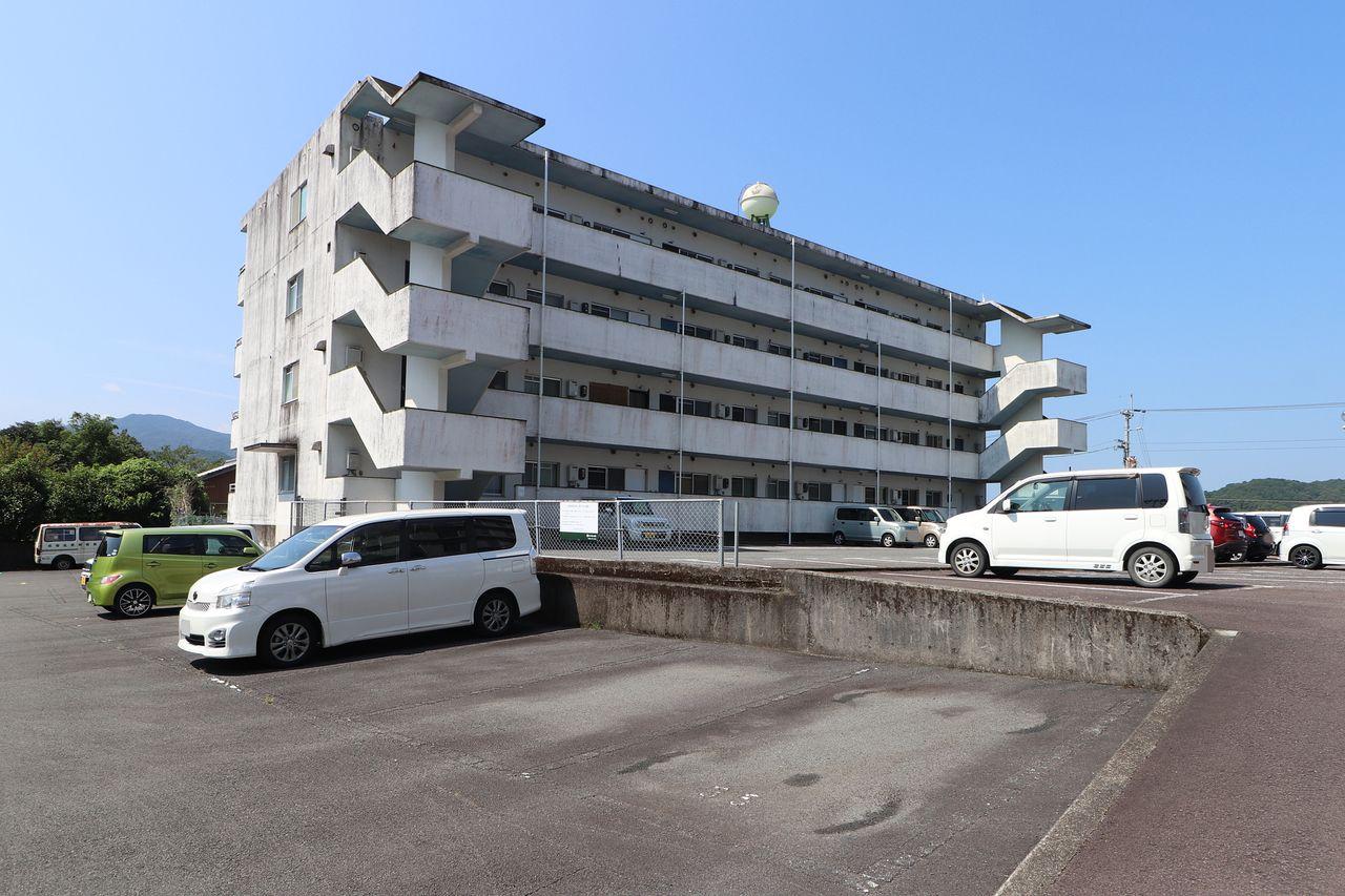 四万十市具同にあるマンション、レジデンス今城1号館。