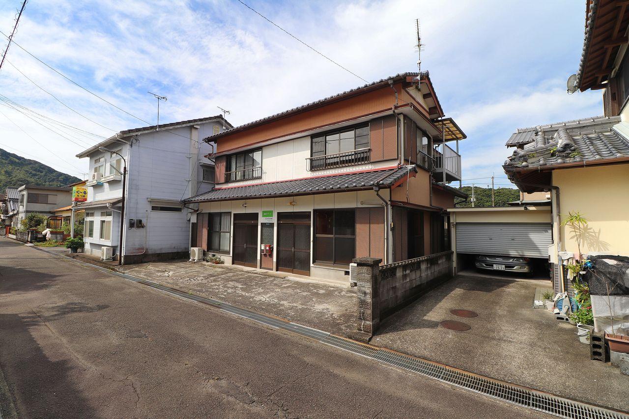 四万十市具同田黒にあるメゾネットタイプのアパート、黒田アパート