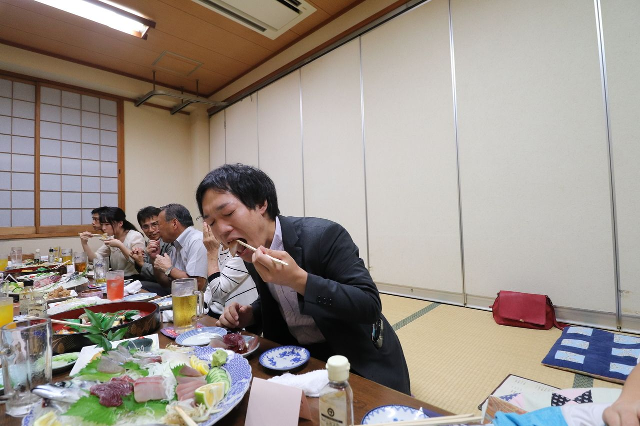 宮本ごしの西内さんの食べる絵もゲット